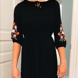 Old Navy Midi Black Embroidered Dress
